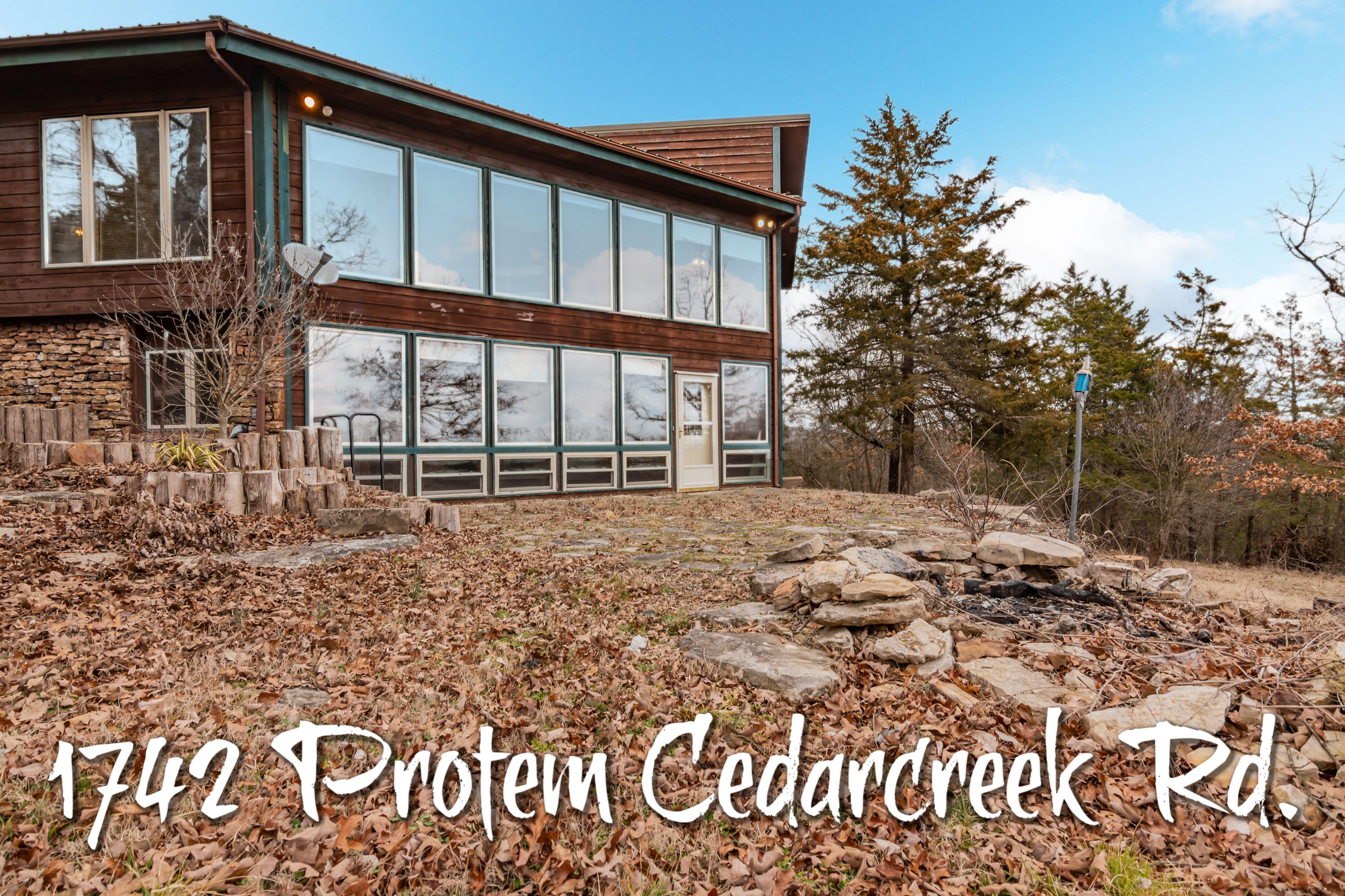 1742 Protem Cedar Creek Road Cedar Creek, MO 65627