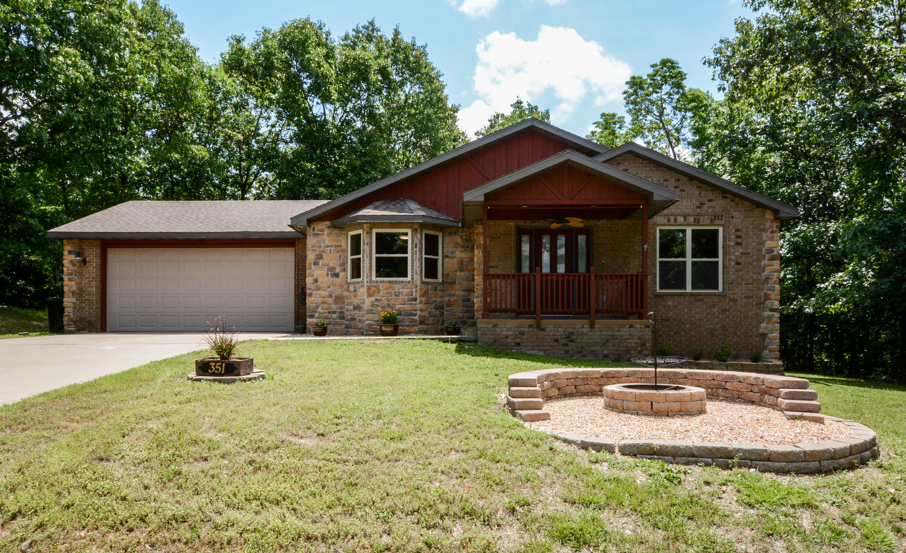 351 Boston Drive Ridgedale, MO 65739