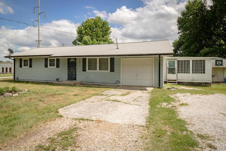 1723 North Eldon Avenue Springfield, MO 65803