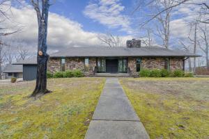 740 Oak Bluff Road, Branson, MO 65616