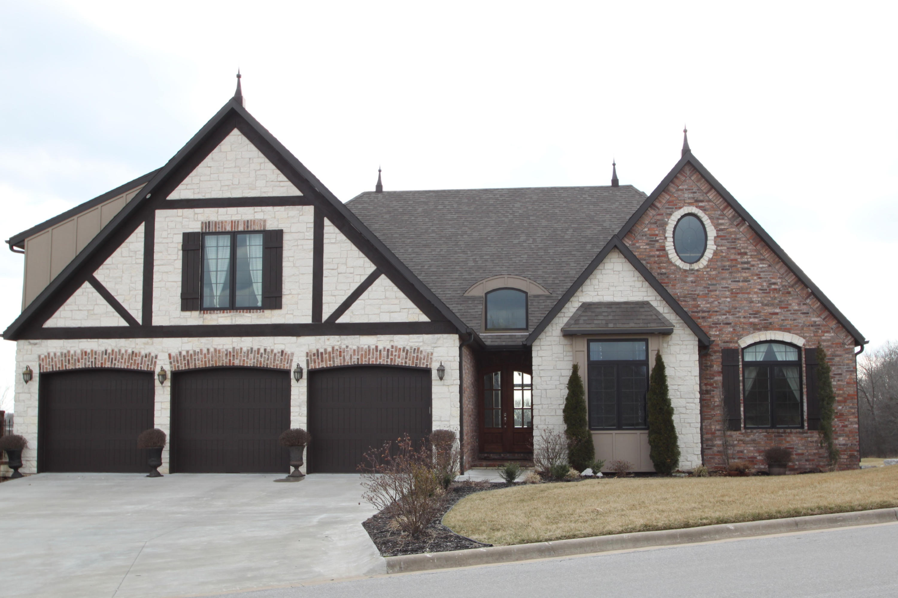 3304 West Rivulet Springfield, MO 65810