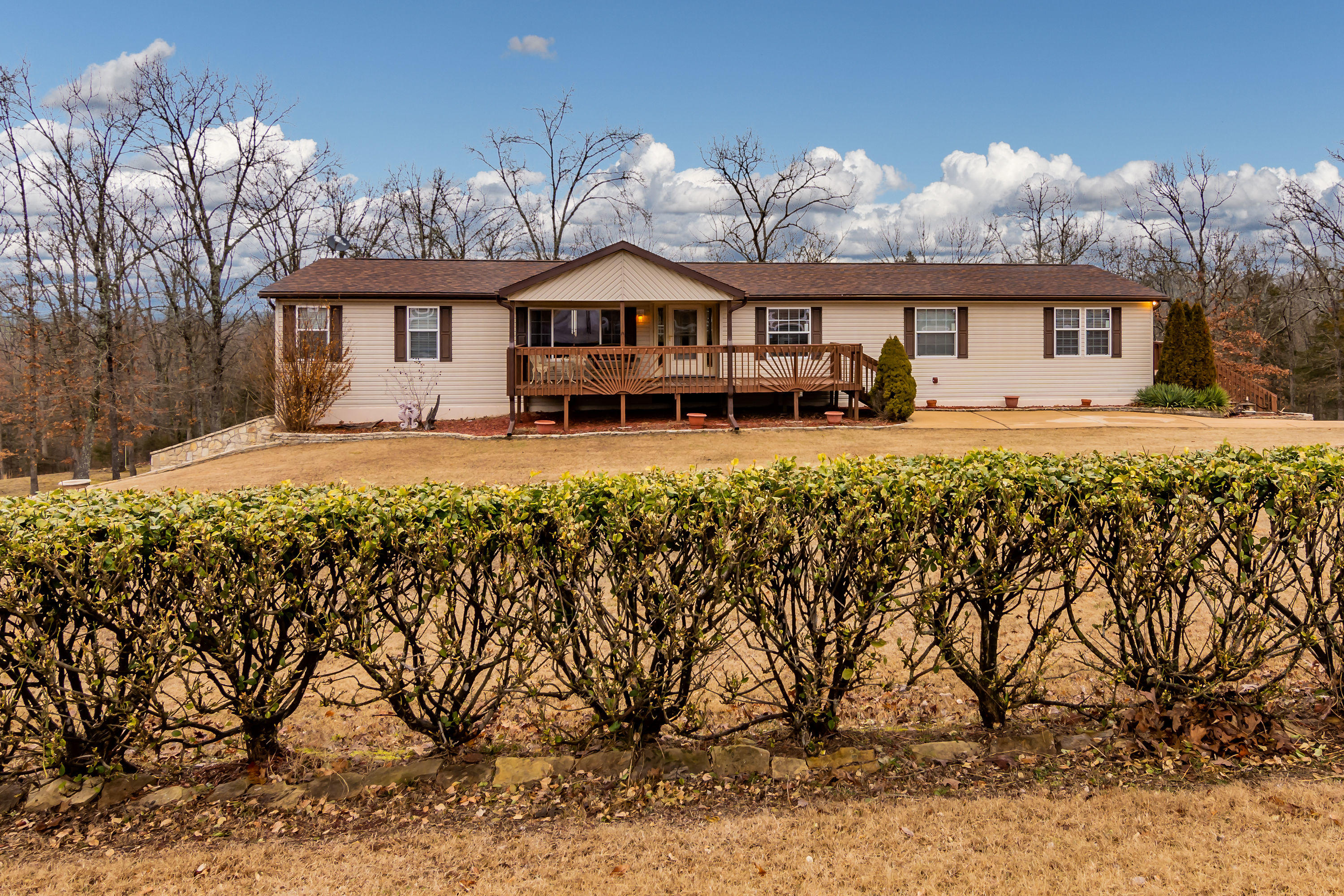 314 Lake Ranch Road Kissee Mills, MO 65680