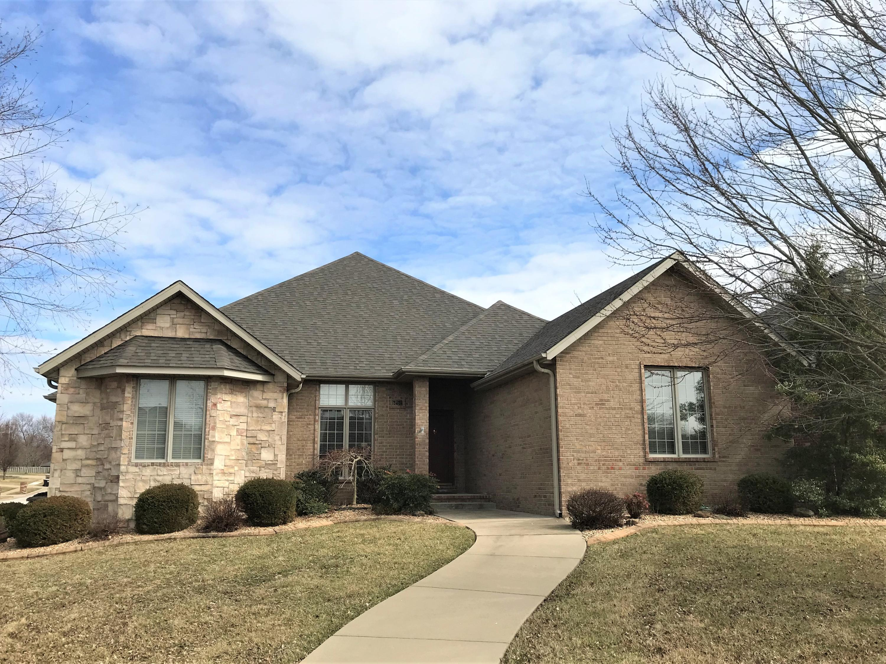 5252 South Hazel Drive Springfield, MO 65810