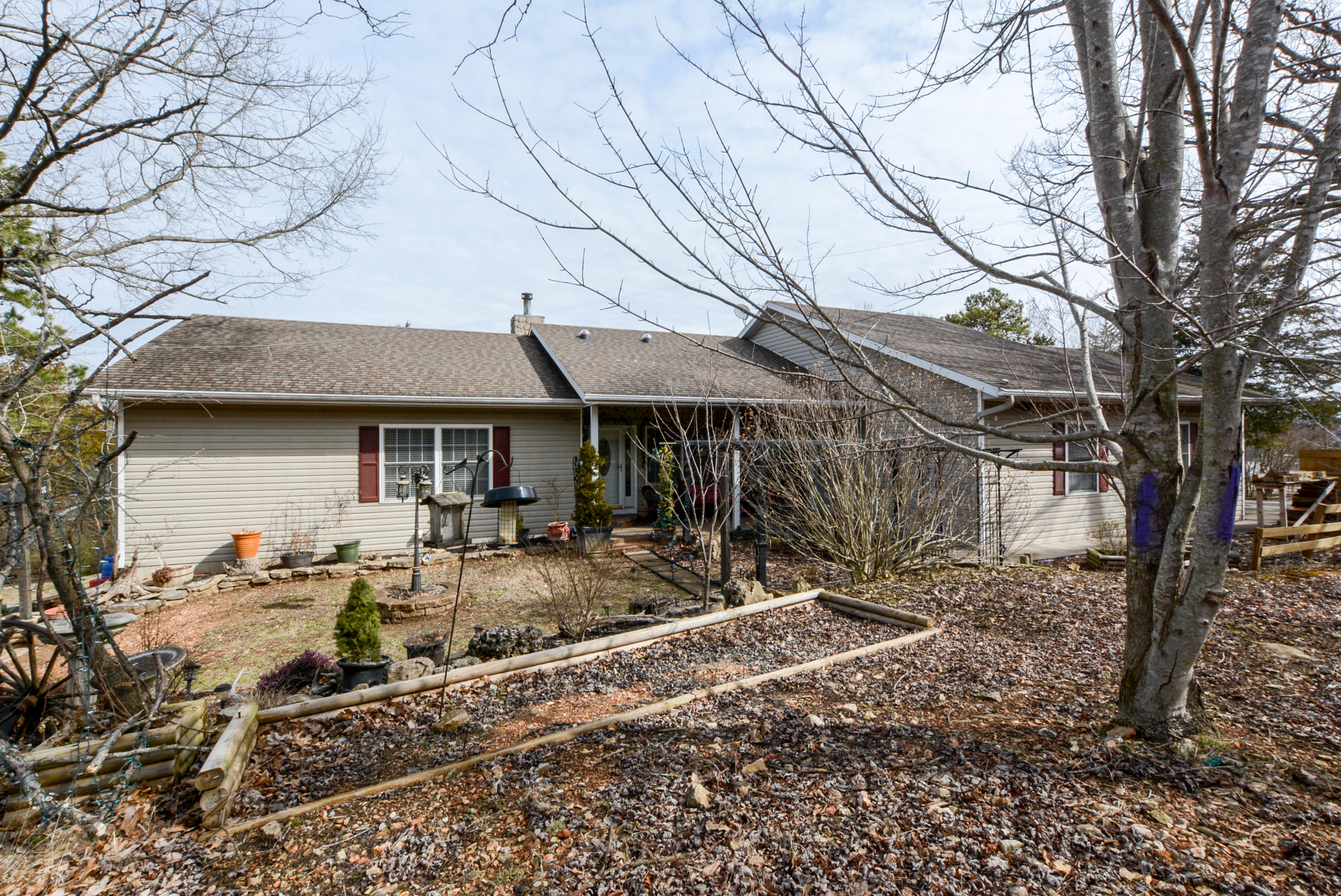 793 Shore Point Road Blue Eye, MO 65611