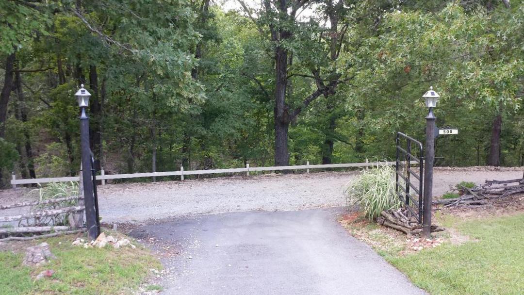 500 Red Rock Road Galena, MO 65656