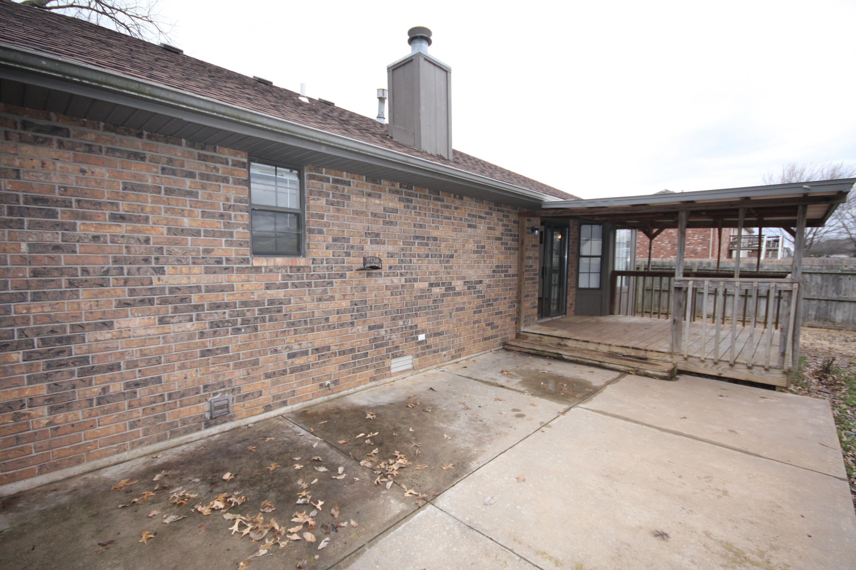 3120 South Meadowlark Avenue Springfield, MO 65807