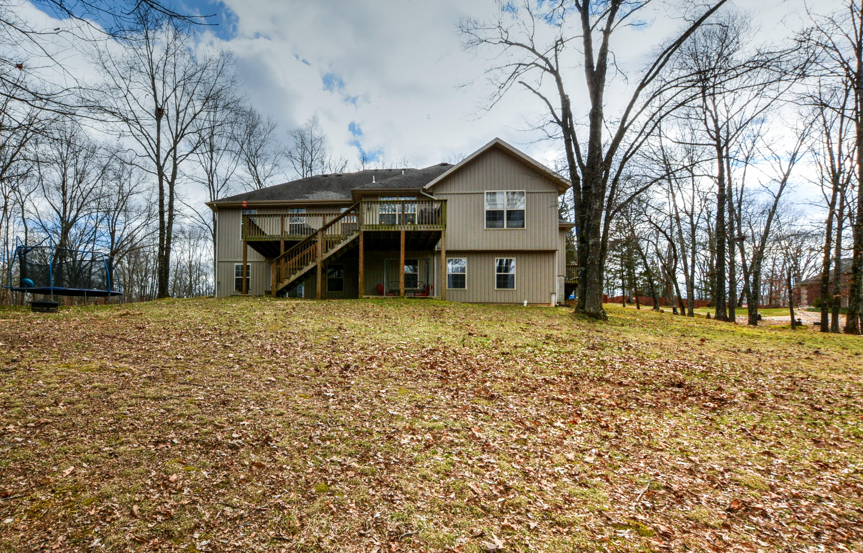 155 Elk Creek Road Highlandville, MO 65669
