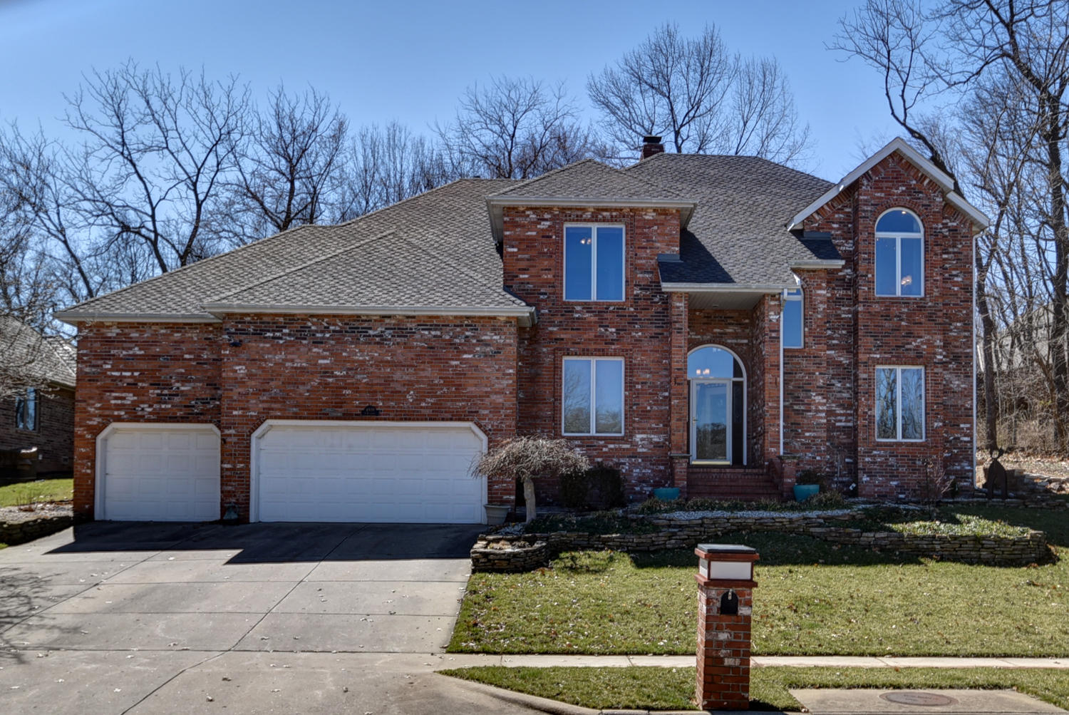 4939 South Bellhurst Avenue Springfield, MO 65804
