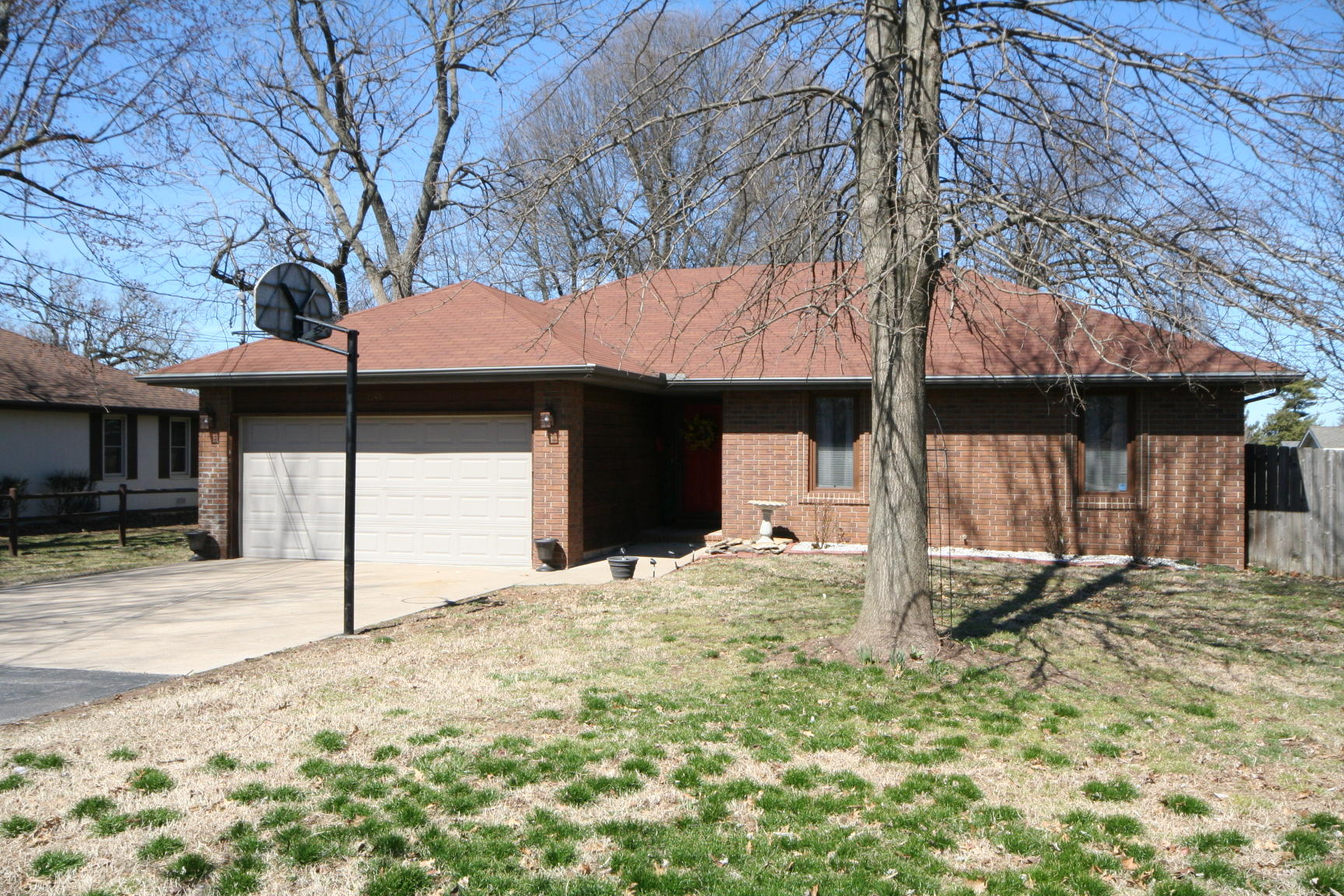 1143 East Mccanse Street Springfield, MO 65803