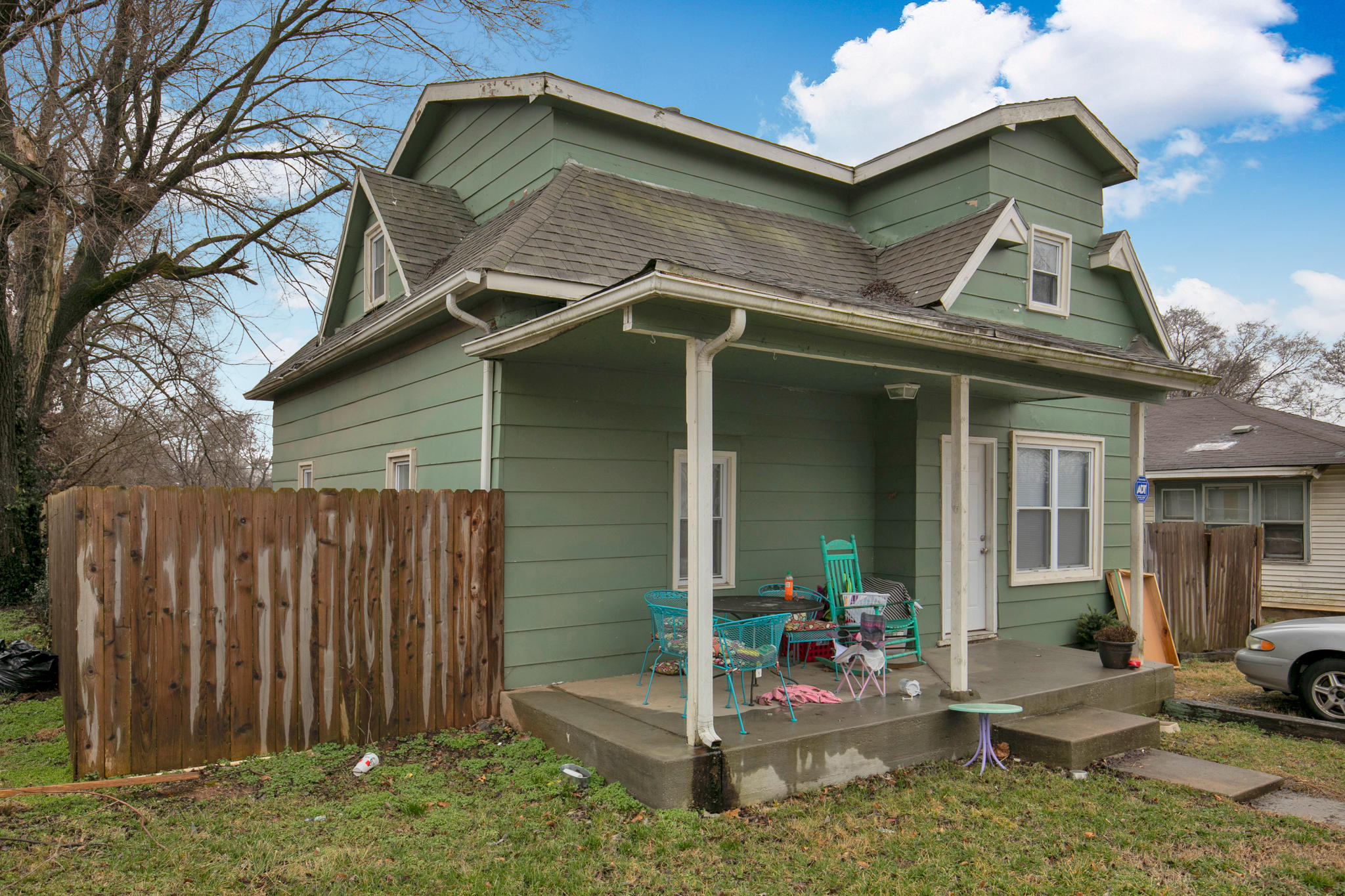 3226 West Madison Street Springfield, MO 65802