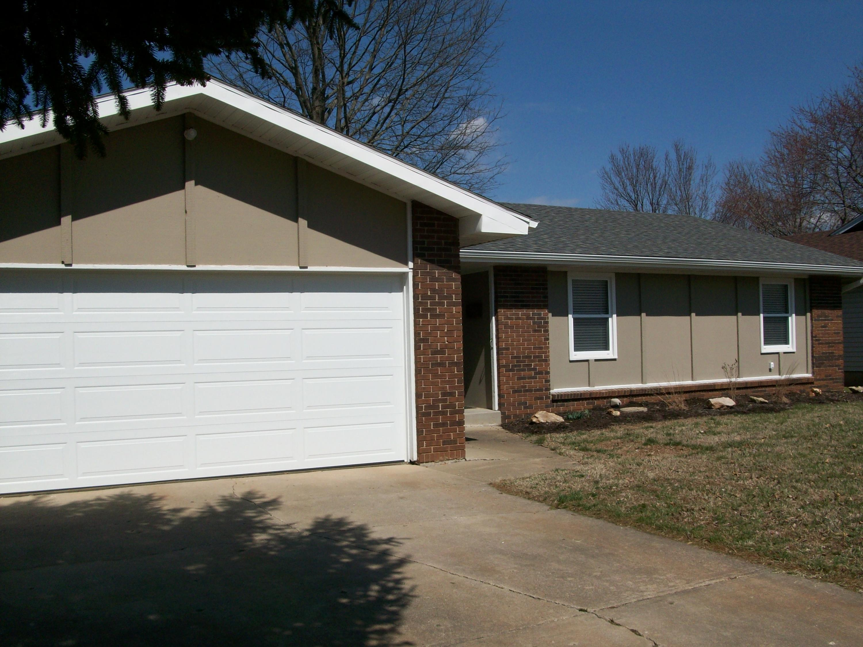 1629 West Winchester Street Springfield, MO 65807