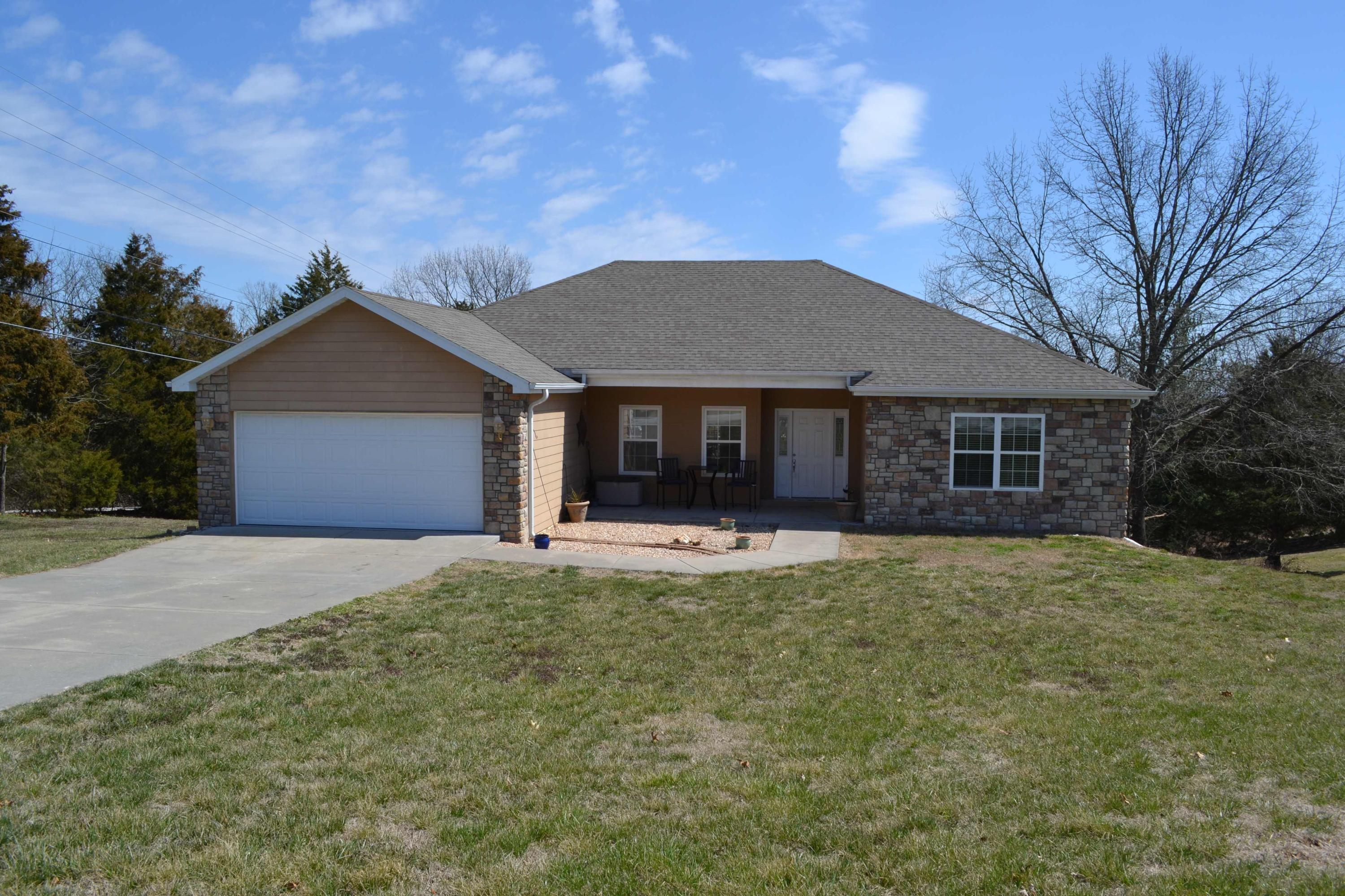 30 Ridgeview Dr Road Branson West, MO 65737