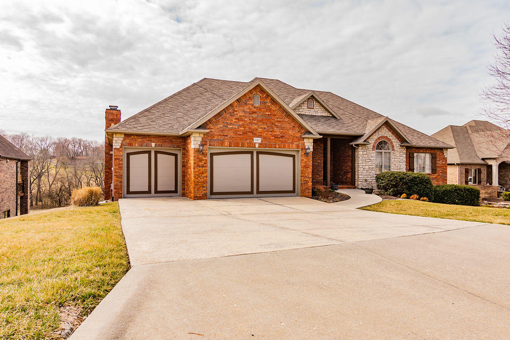 5907 South Northern Ridge Road Springfield, MO 65810