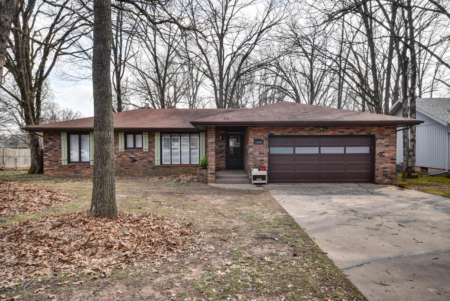 1036 West Beverly Hills Drive Springfield, MO 65803
