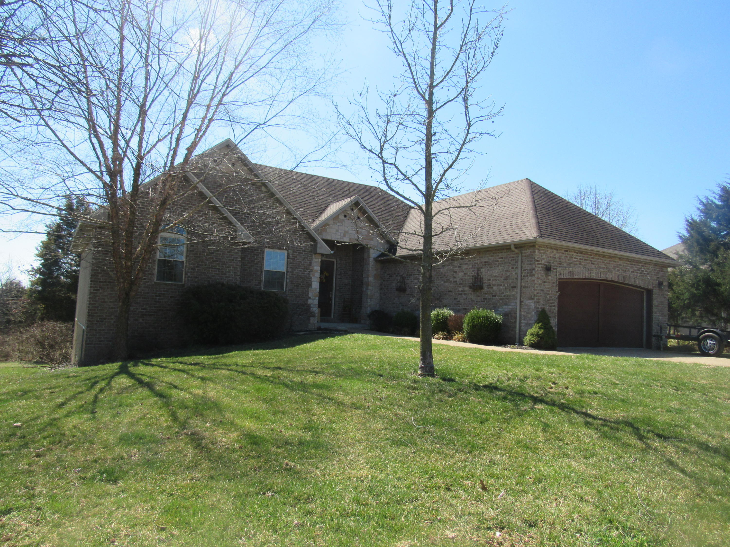 123 Dry Creek Lane Highlandville, MO 65669