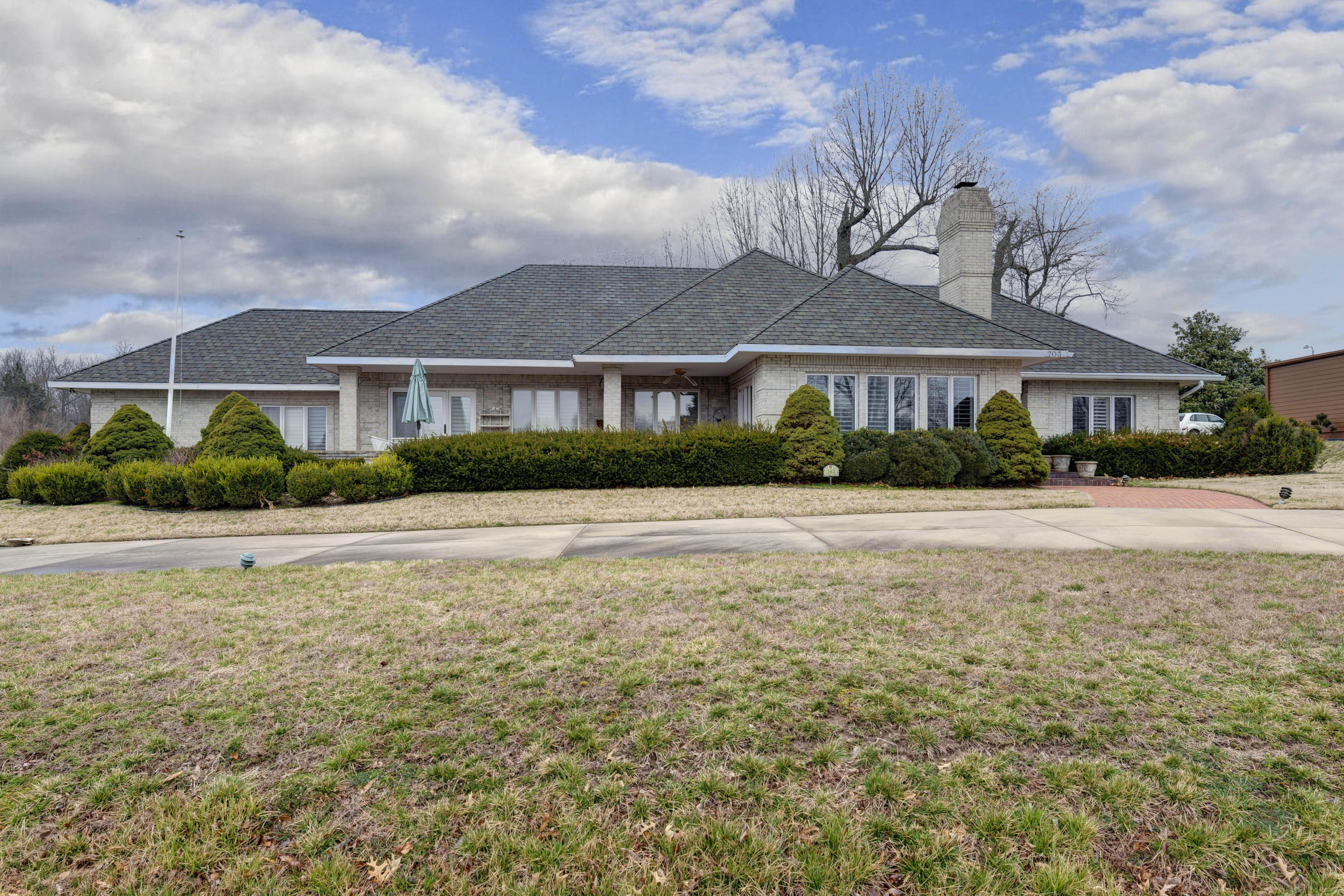 703 South Augusta Drive Springfield, MO 65809