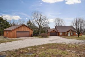 6088 North Farm Rd 105