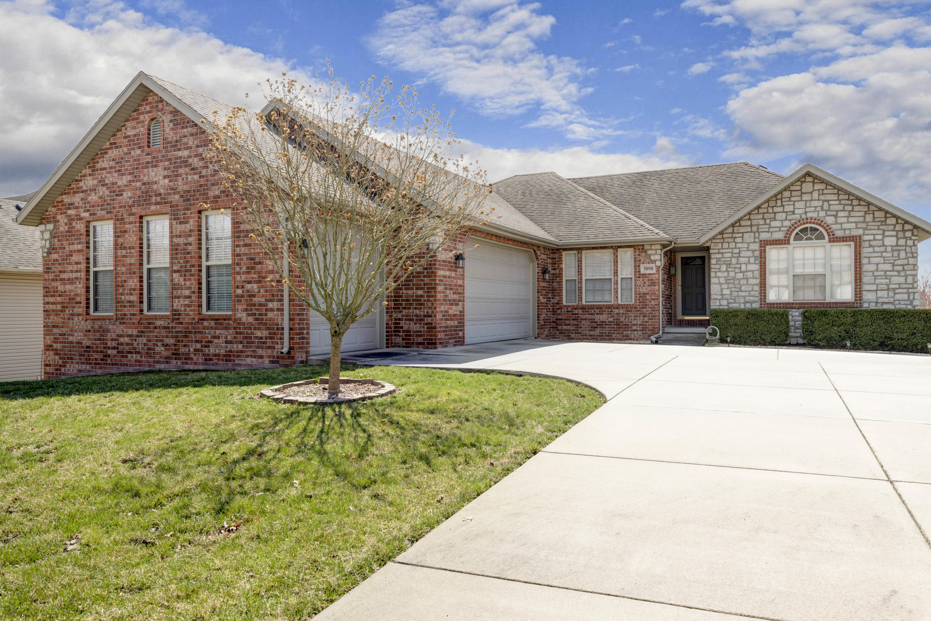5098 Copper Ridge Street Springfield, MO 65809