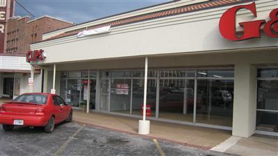 1868 South Glenstone Avenue Springfield, MO 65804