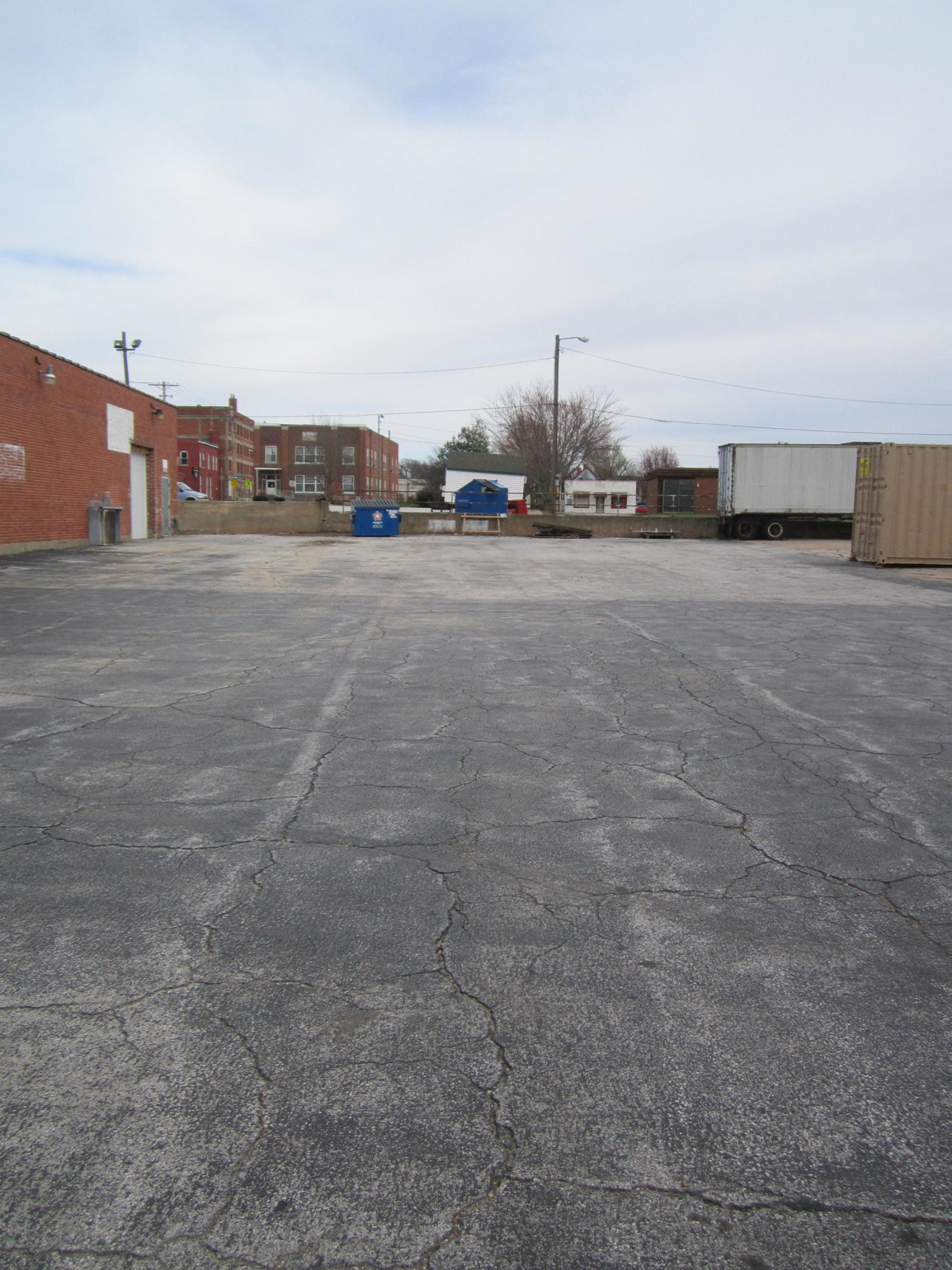 1708 North Robberson Avenue Springfield, MO 65803