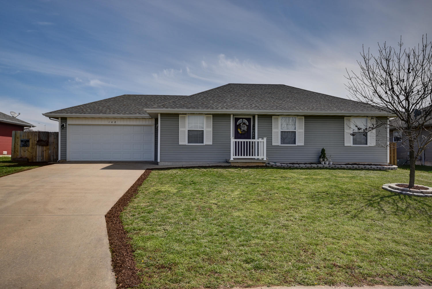 108 Cherry Avenue Clever, MO 65631