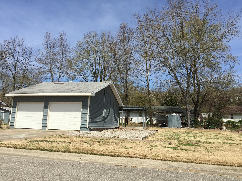 405 Shore Lane Branson, MO 65616