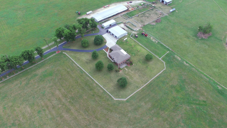 2405 North Farm Rd Strafford, MO 65757