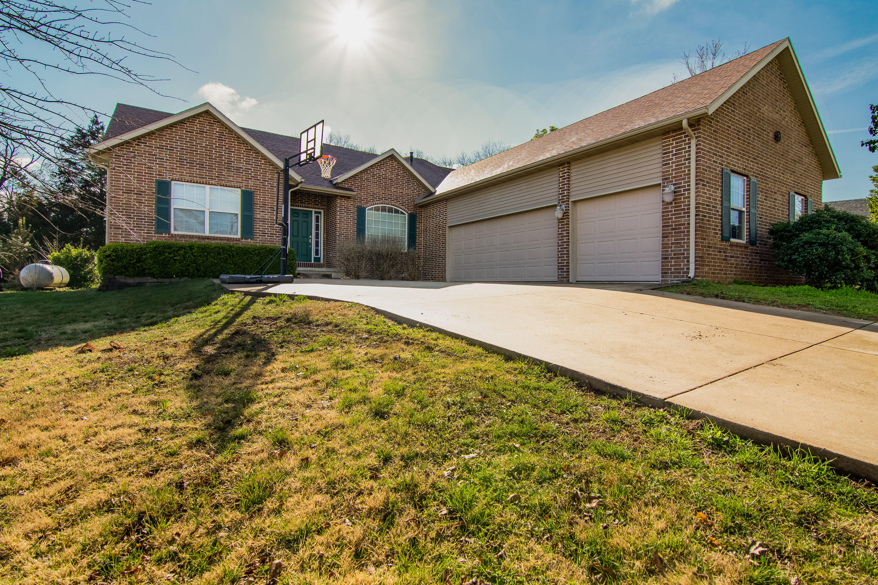 132 Lillian Lane Hollister, MO 65672