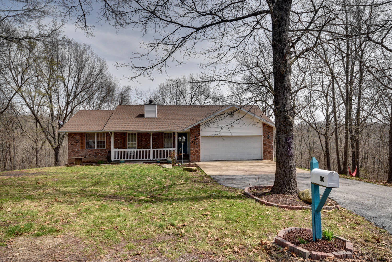 110 Tower Road Highlandville, MO 65669