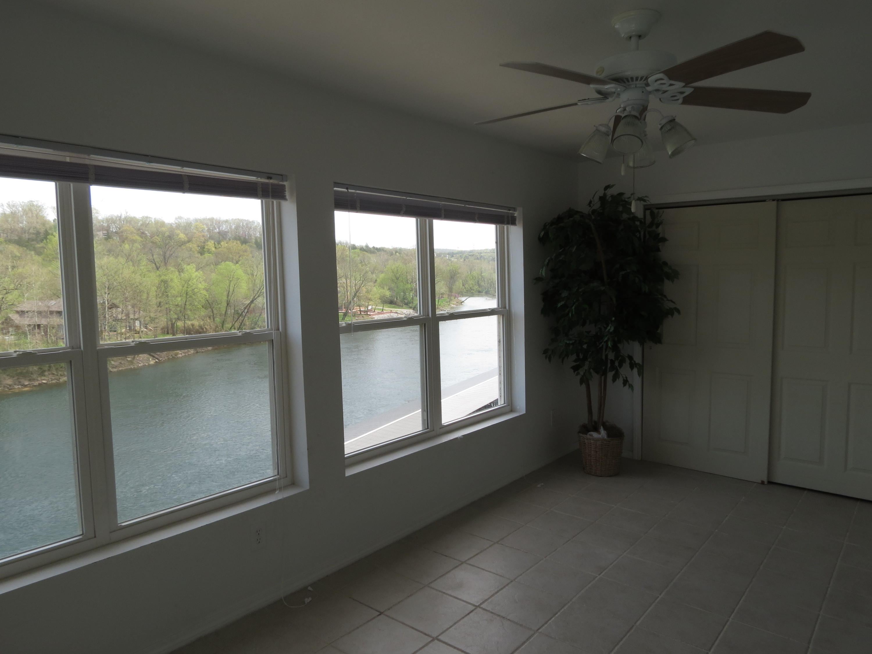 79 Anglers Pointe Drive #5 Branson, MO 65616