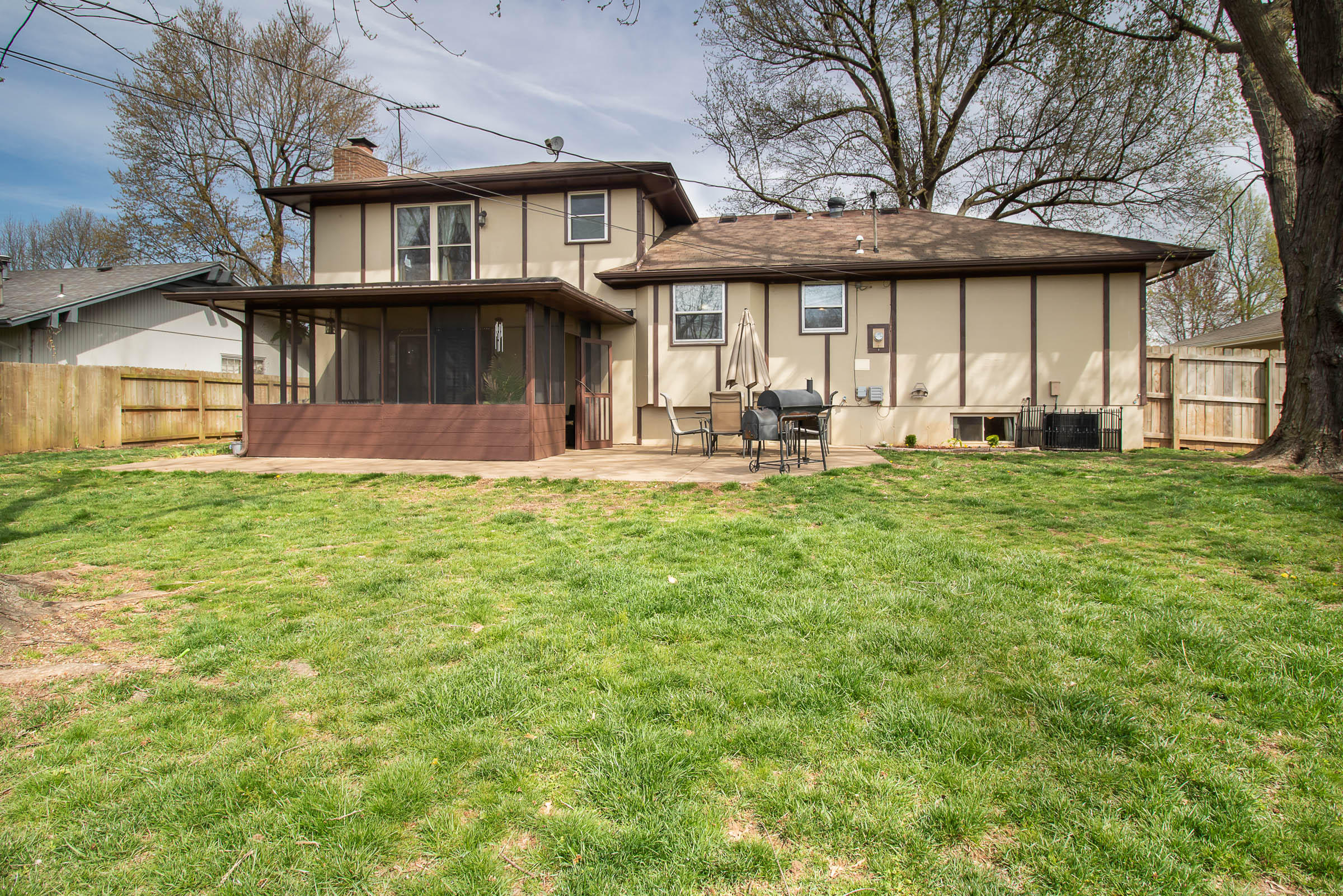 2150 East Raynell Street Springfield, MO 65804