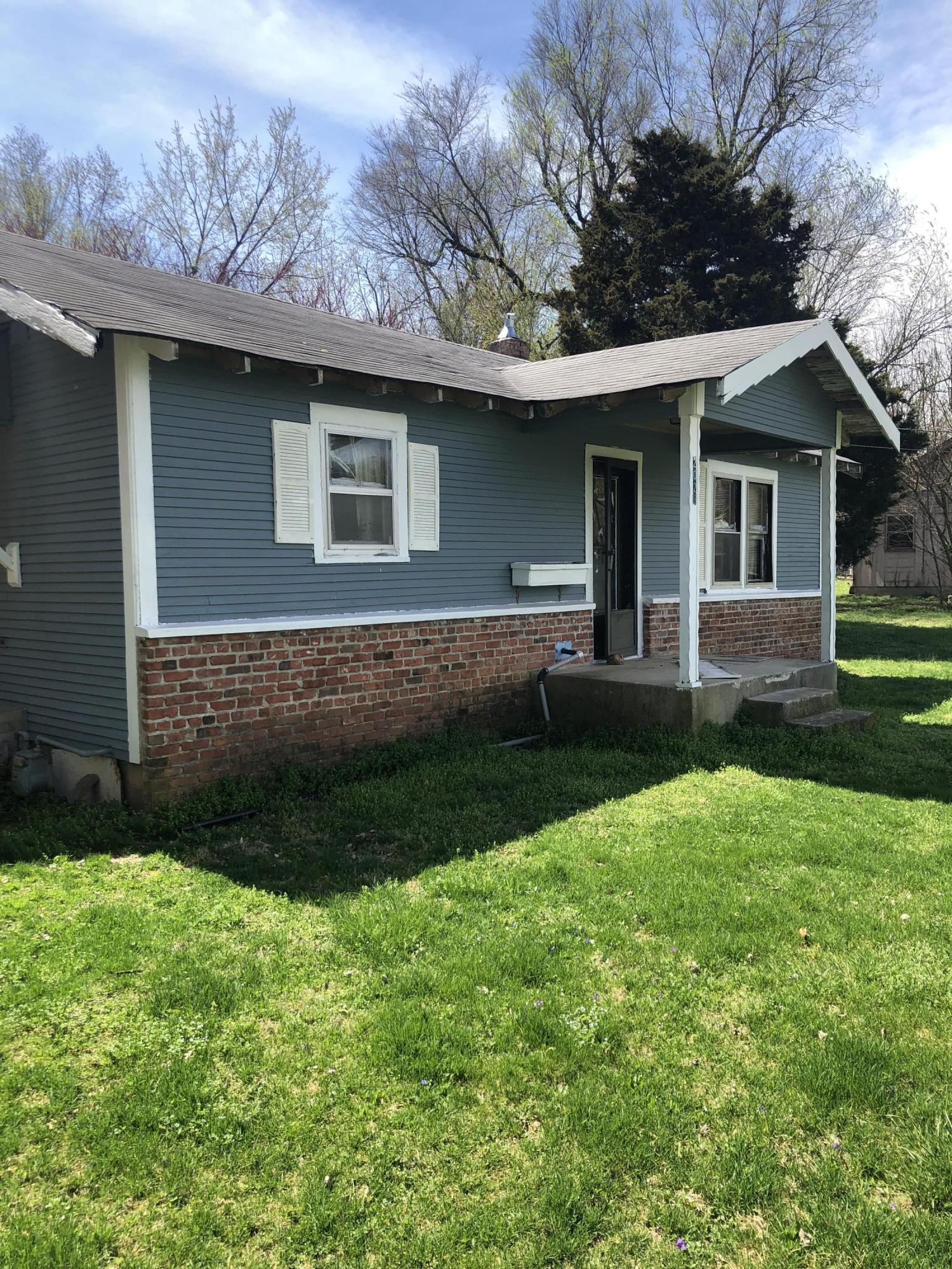 2028 West Farm Rd Springfield, MO 65803