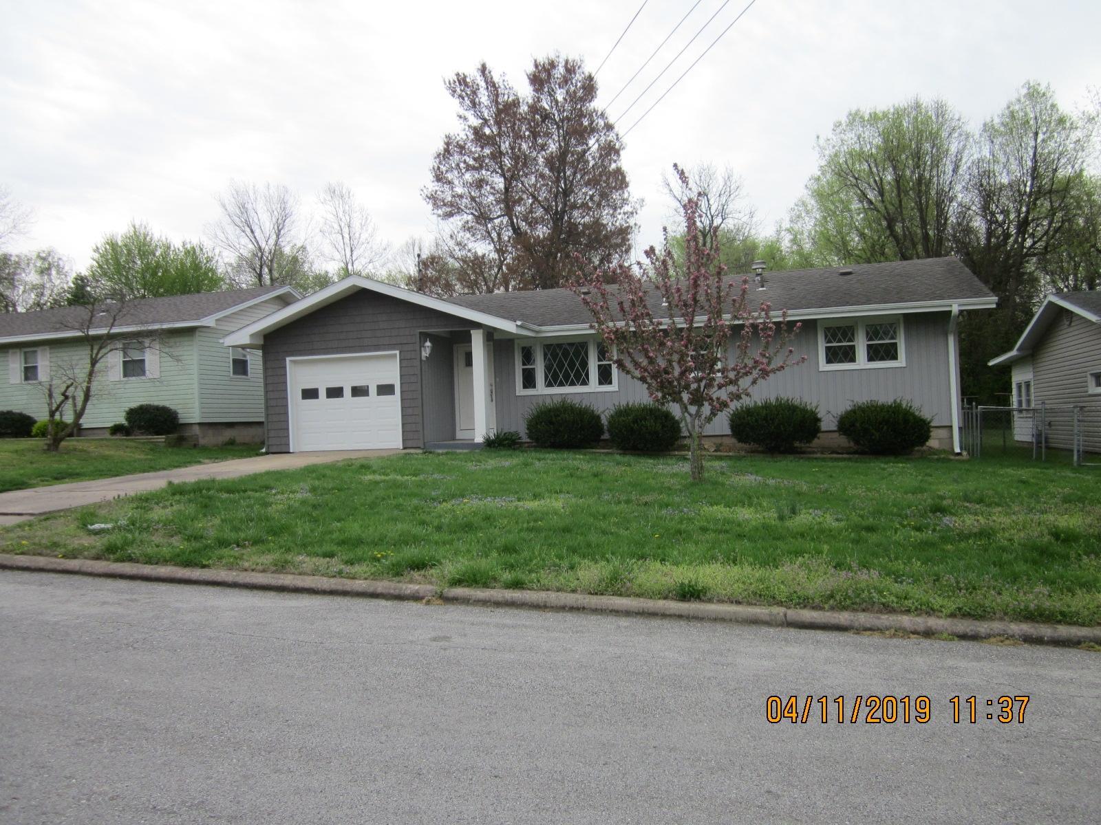 1332 East Livingston Street Springfield, MO 65803