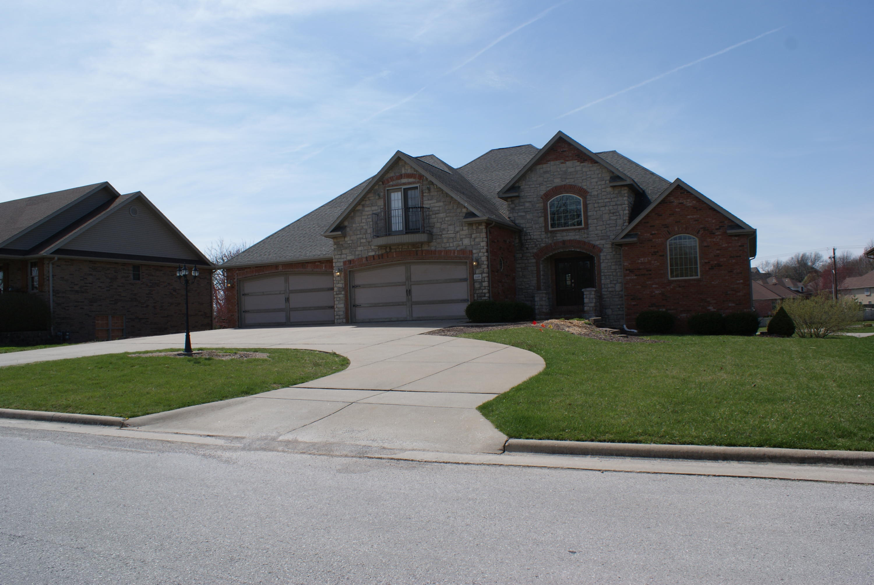 2609 North 24th Street Ozark, MO 65721