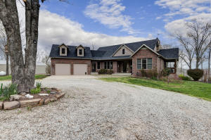 5077 County Road Bb-550, Seymour, MO 65746