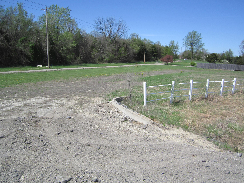 593 West Old Highway Fair Grove, MO 65648