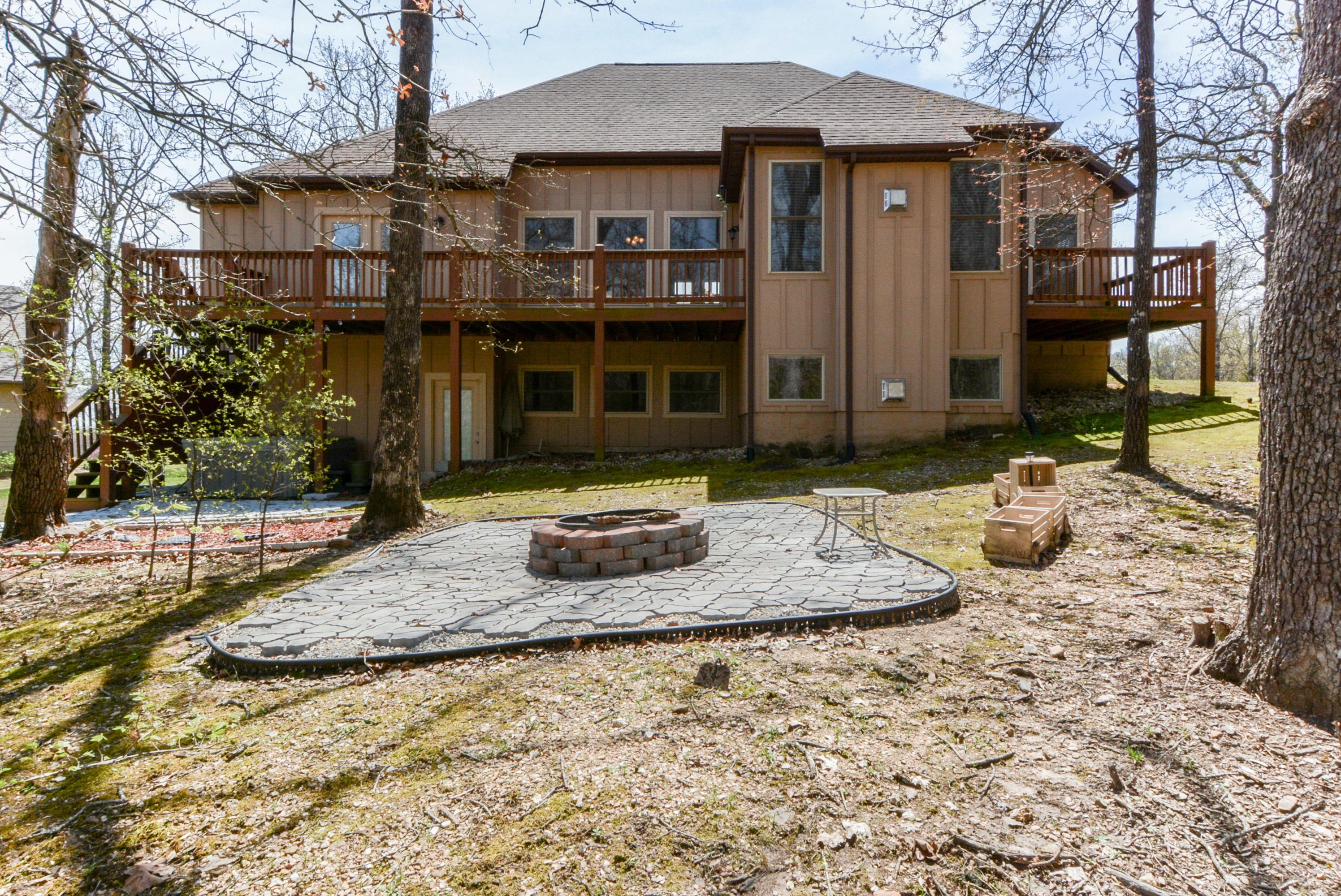 79 Granite Drive Branson West, MO 65737