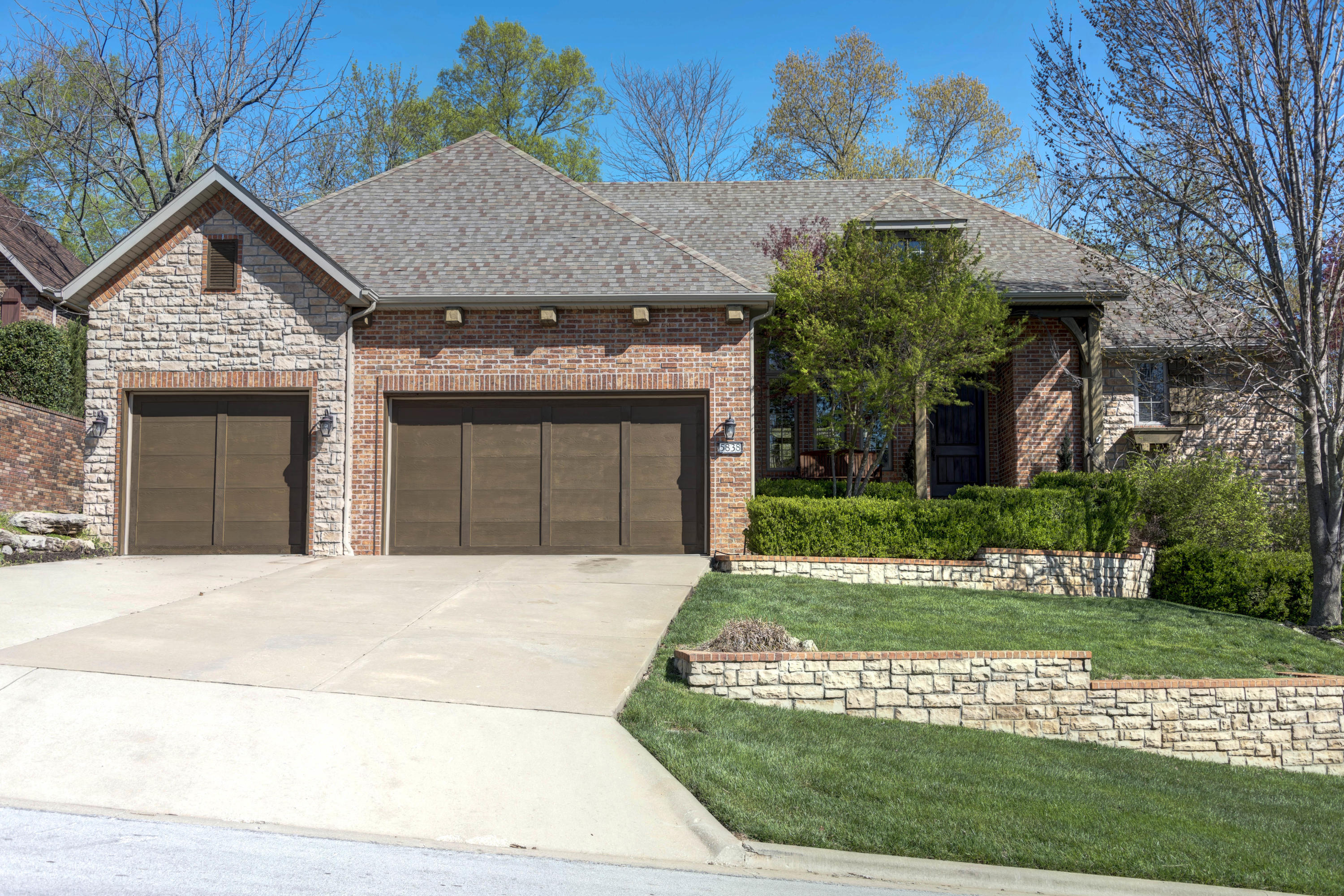 5838 South Brightwater Trail Springfield, MO 65810