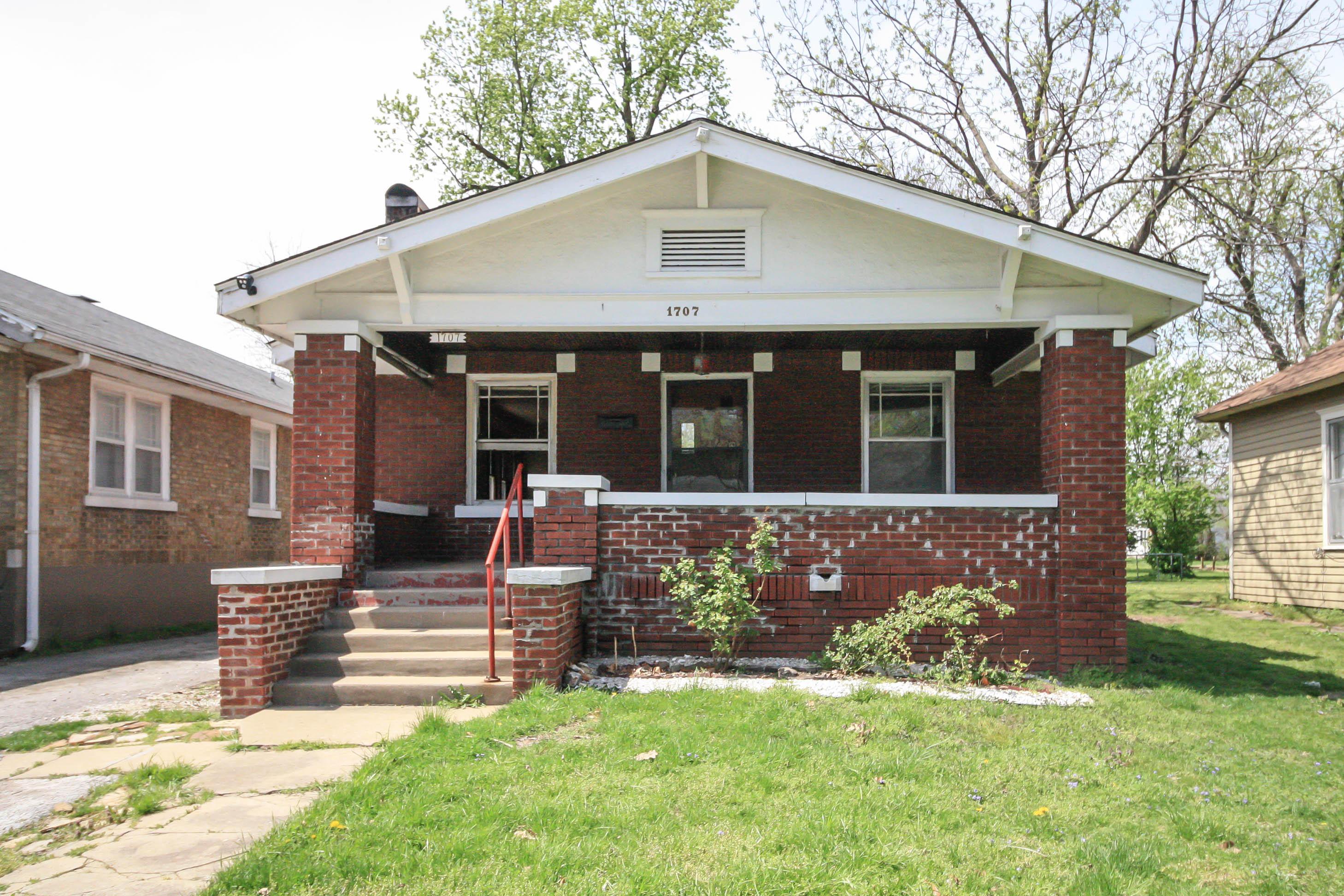1707 North Summit Avenue Springfield, MO 65803