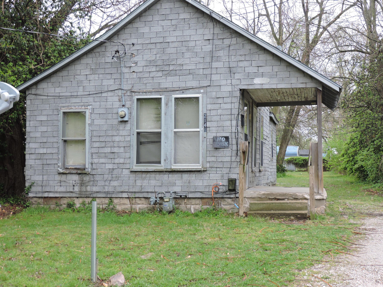 2146 West Chestnut Street Springfield, MO 65802