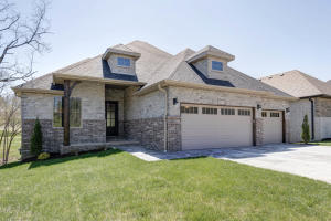 3738 East Cypress Point, Springfield, MO 65809