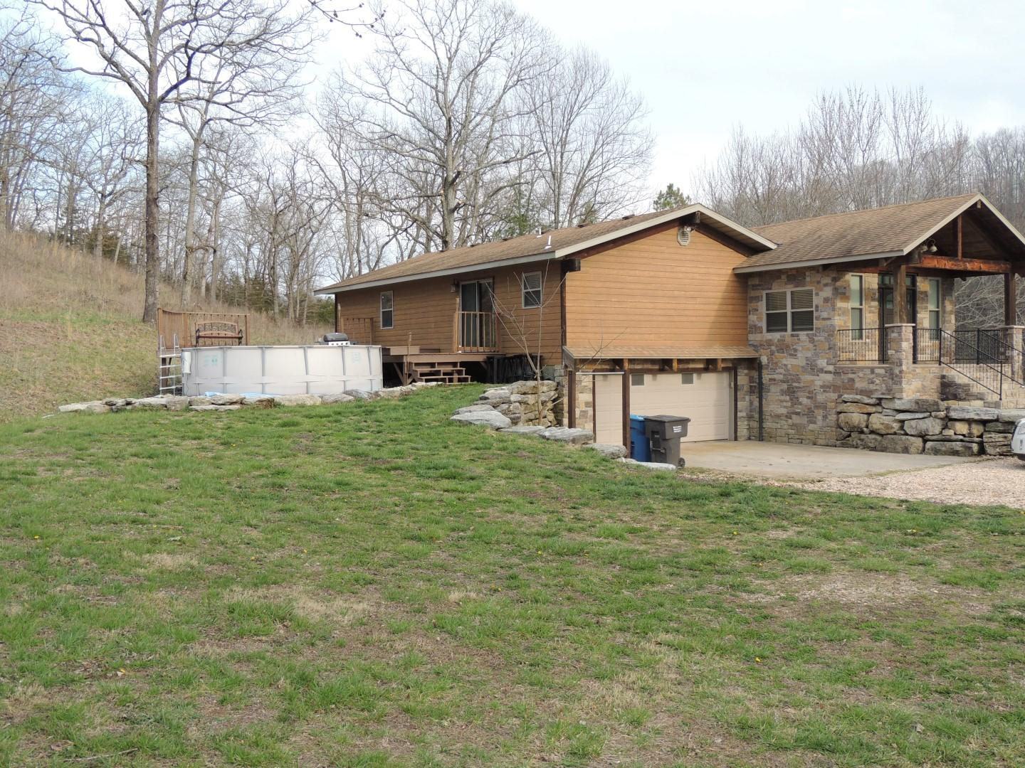 658 Woods Fork Road Highlandville, MO 65669