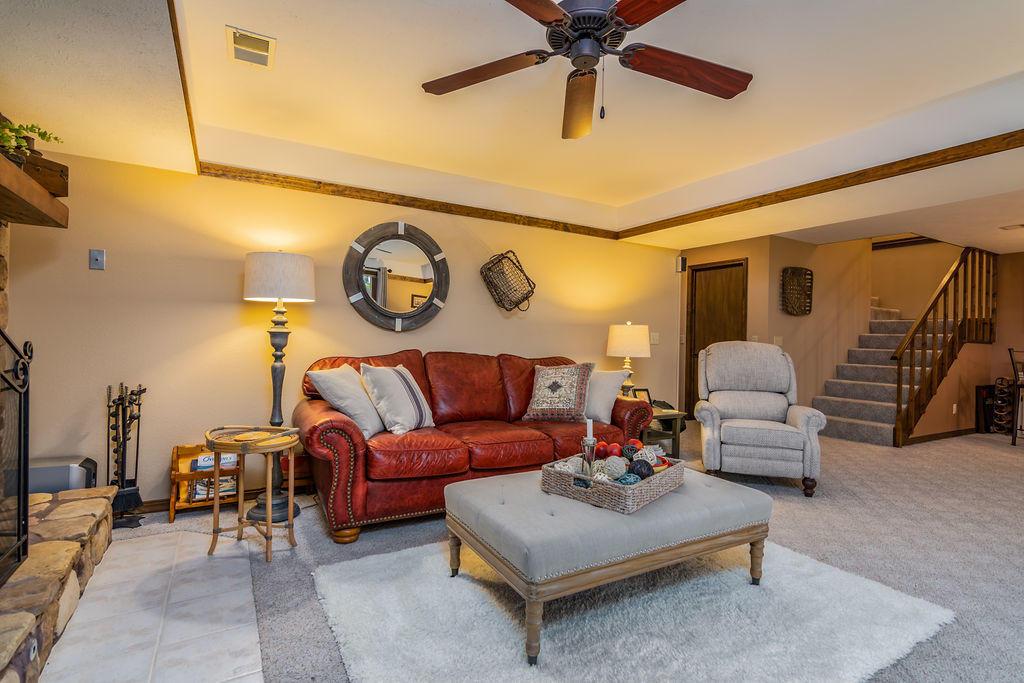 566 Peninsula Estates Kimberling City, MO 65686