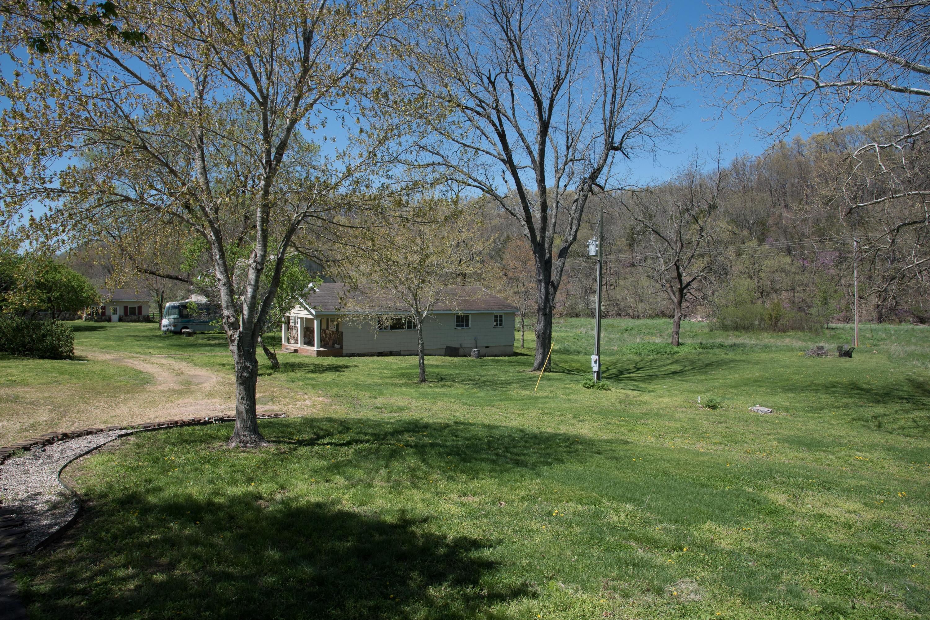 879 Anchor Hill Road Rogersville, MO 65742