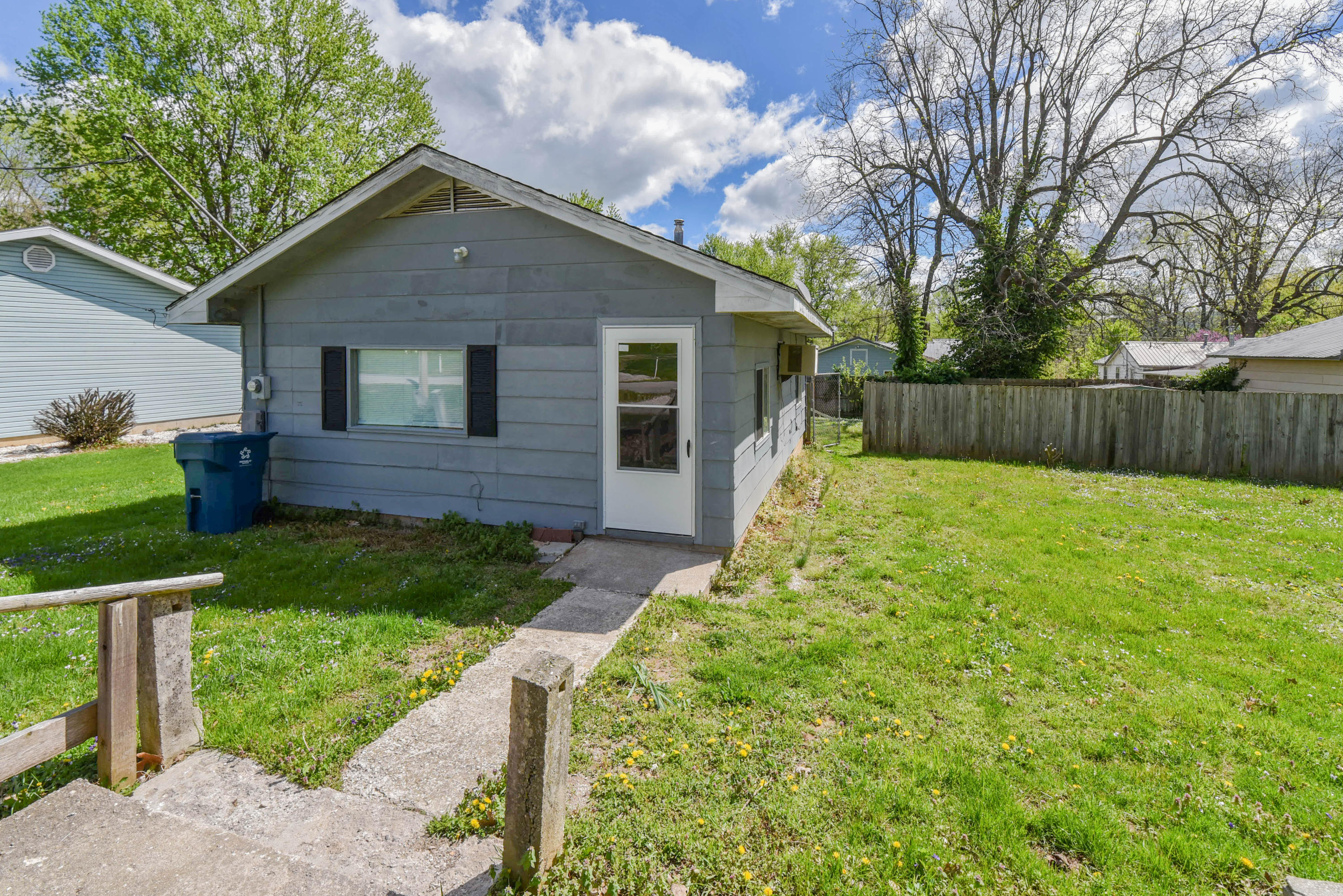 508 South Necessity Street Marionville, MO 65705