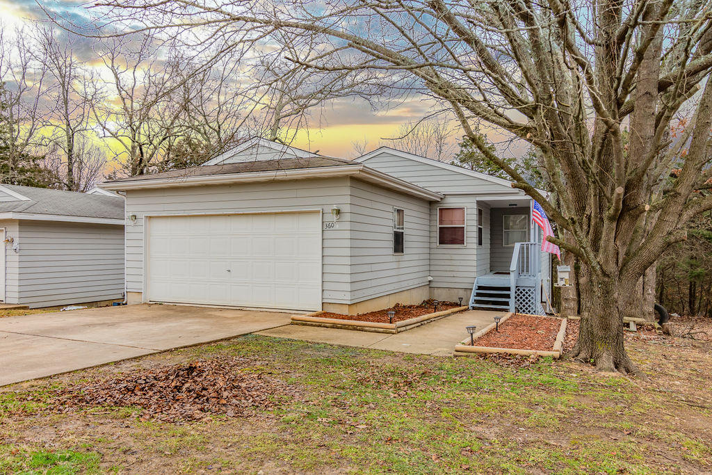 360 Deer Run Road Branson, MO 65616