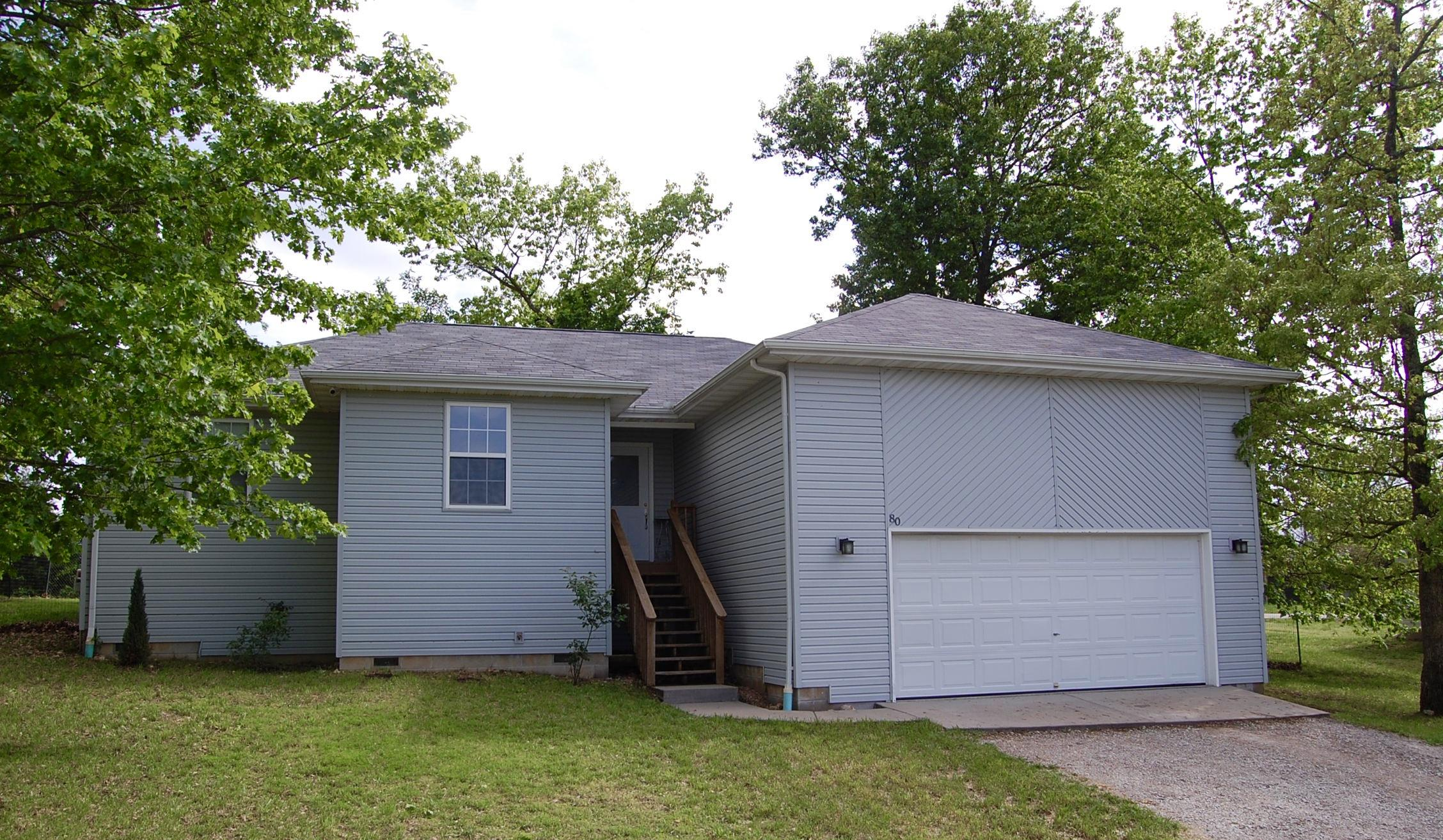 80 Clear Cove Drive Reeds Spring, MO 65737