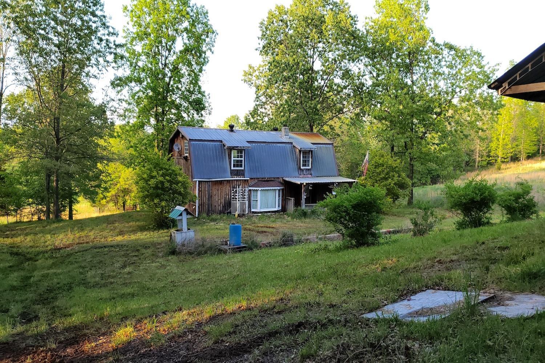 153 Private Road 204-184 Alton, MO 65606