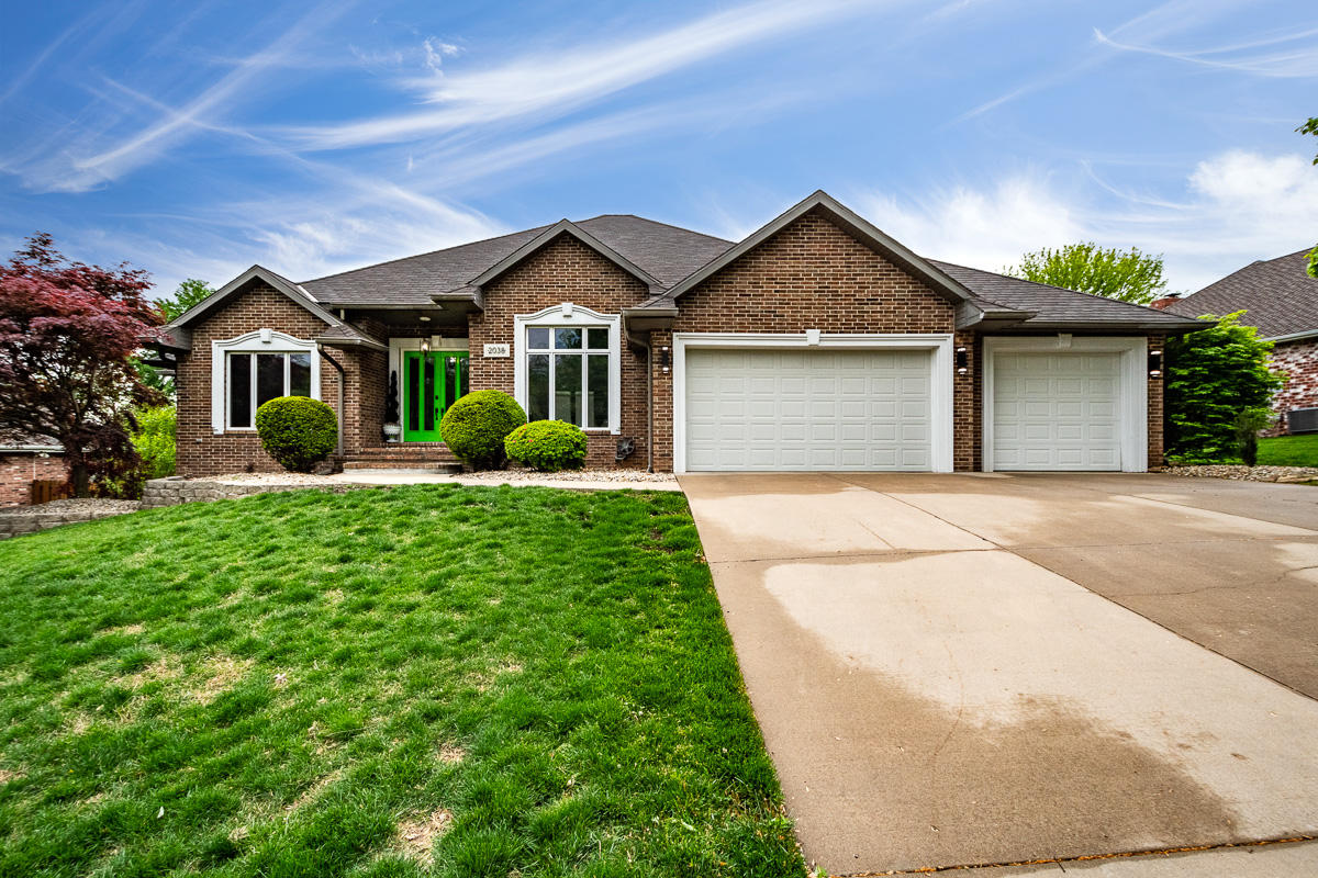 2038 East Norshire Street Springfield, MO 65804