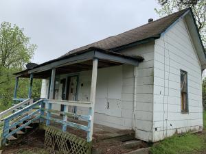 7647 Persimmon, Seligman, MO 65745